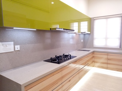 l shape with caesarstone  top